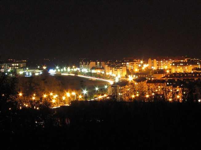 Orunia Górna noc