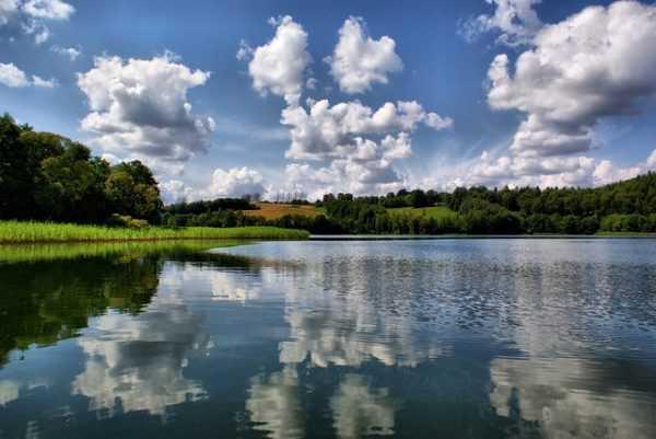lake-2134181_640