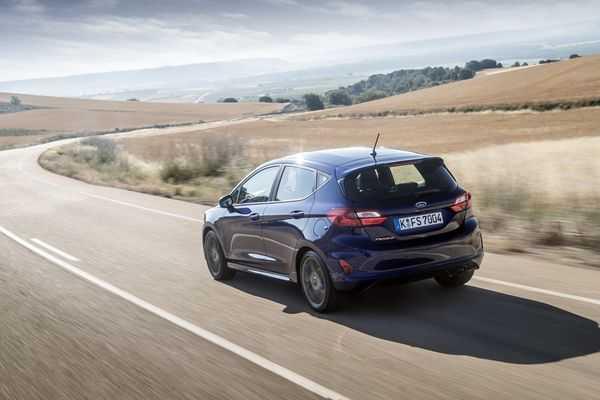 big-autohandel-samochody-nowe-i-uzywane-autoryzowany-dealer-forda-serwis-blacharnia-3